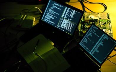 Nabúrali sa do počítačov Pentagonu, NASA či Apple a v minulosti mali status kyberteroristov. Sú vnímaní ako najväčší hackeri v histórii