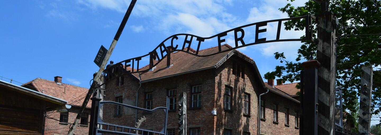 Auschwitz: Výše postavení vězni šikanovali zajatce, někteří se ale snažili pomáhat