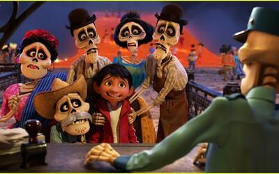 Nádejná Pixarovka Coco kombinuje v roztomilom traileri prvky Burtonovej fantasy posmrtnosti, krásnej hudby a vtipných postáv