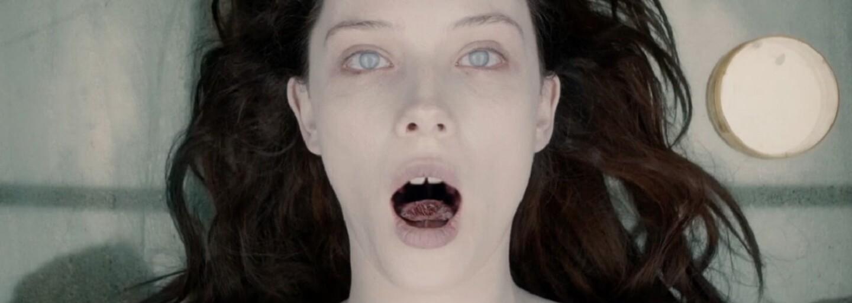 Nádejný horor čerpajúci z amerického folklóru natočí režisér skvelej žánrovky The Autopsy of Jane Doe či hororovej komédie The Troll Hunter