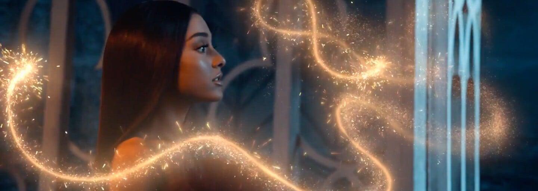 Nádherná Ariana Grande a John Legend predstavujú titulnú skladbu k disneyovke Kráska a Zviera