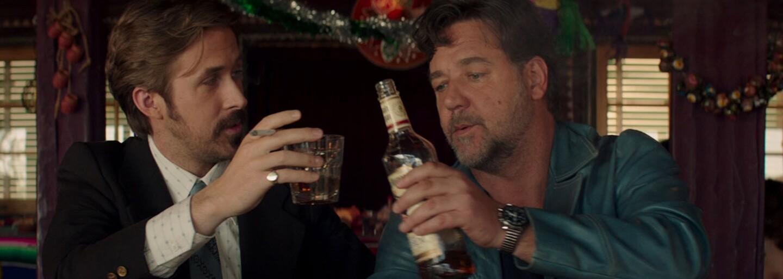 Nadšené recenze popisují Nice Guys s Russelem Crowem a Ryanem Goslingem jako úžasný filmový zážitek