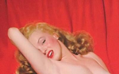 Nahá Marilyn Monroe v časoch, keď ešte nechcela, aby o šteklivých fotkách vedel svet. Poriadne ženy sa vraj pred objektívom nevyzliekajú