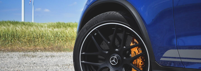 Nahlédněte s námi do světa nejrychlejšího SUV od AMG, které na cestě kouzlí nejen díky V8