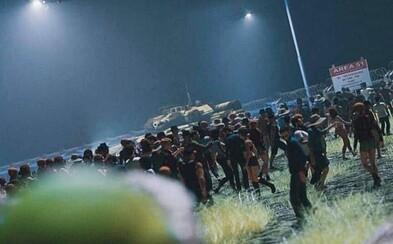 Nájazdníci do Area 51 sa zhromaždili pred vojenskou základňou. Pátranie po mimozemšťanoch streamovali naživo
