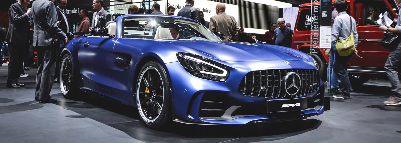 Najdrahšie auto sveta, plejáda nových Mercedesov či elektrické hyperšporty. Aj o tom je autosalón v Ženeve