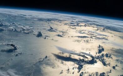 Najkrajšie zábery Zeme podľa NASA. Nechýba polárna žiara ani rôzne prírodné scenérie