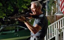 Nejlepší filmy Clinta Eastwooda: vždy mu seděly role drsných pistolníků, ale nebál se ztvárnit i citlivé romantiky