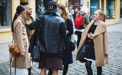 Najlepšie outfity z bratislavskej akcie FASHION DEALã, na ktorej sa stretli nadšenci módy