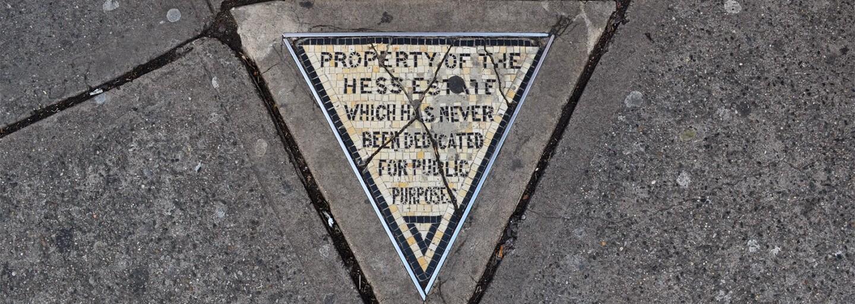 Najmenší pozemok v New Yorku nemal ani pol metra štvorcového. Predaný bol za viac než tisíc dolárov