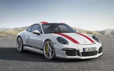 Najočakávanejšie Porsche súčasnosti je realitou! Má atmosférických 500 koní, zadný pohon a manuál