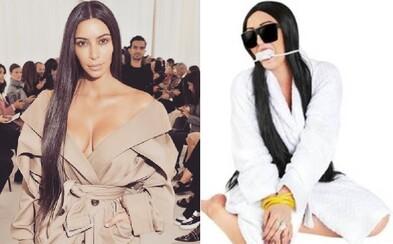 Najofenzívnejší kostým na tohtoročný Halloween stvárňuje zviazanú Kim Kardashian počas nedávnej lúpeže v parížskom byte