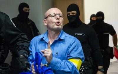 Nájomný vrah Lojzo Čistič o Černákovi: Je to kajúcnik, farizej, klamár a šmejd, ktorý zabíjal, zakopával a odrezával hlavy