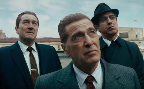 Nájemný zabiják Robert De Niro a Al Pacino jsou v gangsterce plné mrtvol králové zločinu