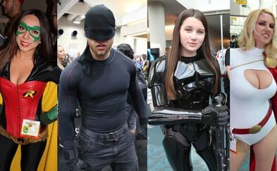 Najoriginálnejší a najsexi cosplay z Comic-Conu - kopa svalov, pŕs a skvelých kostýmov