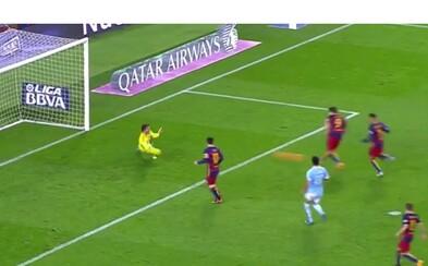 Nejdříve perfektní sólo, pak husarský kousek z pokutového kopu. Messi a Suárez se baví fotbalem