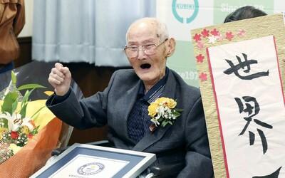 Najstarším mužom sveta sa stal 112-ročný Japonec. Tajomstvom jeho dlhého života je vraj úsmev