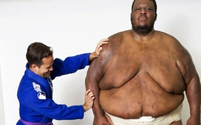 Najťažší športovec sveta a jeho problémy nielen s váhou