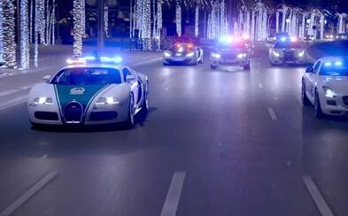 Najúžasnejšie policajné superautá z Dubaja sa promenádujú v najnovšom videu