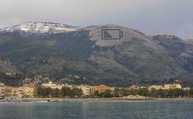 Největší evropské umělecké dílo bude doplňovat baterku odlesněné hoře v Itálii. Vyroste na ní přes 5 000 stromů