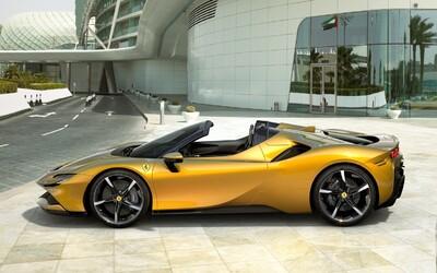 Najvýkonnejšie a najrýchlejšie cestné Ferrari prišlo o strechu. Plug-in hybrid SF90 Spider má až 1 000 koní