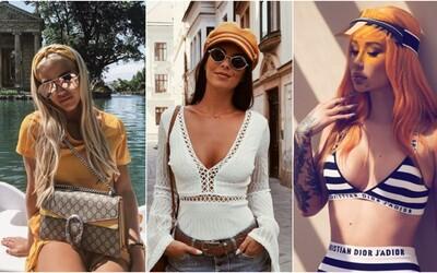 Námornícke čiapky, klobúky či baretky. Po akých pokrývkach hlavy sa toto leto oplatí siahnuť?