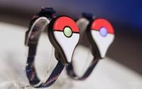 Náramek Pokémon GO Plus ti ušetří baterii a lovit díky němu můžeš i s mobilem v kapse