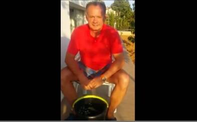 Náš prezident, Andrej Kiska, prijal výzvu a splnil Ice Bucket Challenge!