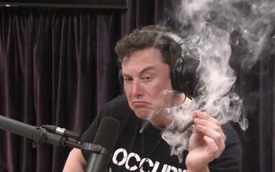 NASA nechce, aby Muskovi zaměstnanci SpaceX kouřili marihuanu