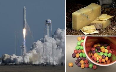 NASA poslala astronautům půl tuny bonbónů a sýrů. Doplnily se nezbytné zásoby