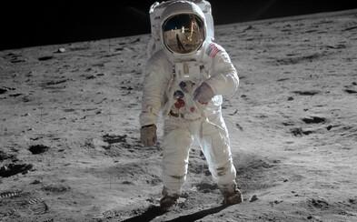 NASA sa snaží umlčať konšpirátorov. Na sfalšovanie pristátia na Mesiaci vraj nemali technológie