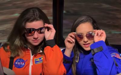 NASA vydáva remix na skladbu Ariany Grande. Oslavuje, že vesmírnu misiu na Mesiac absolvuje žena