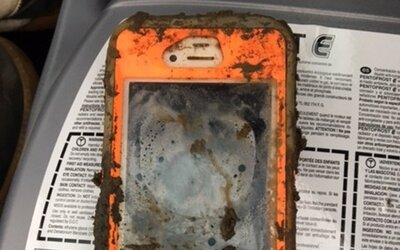 Našel iPhone na dně dříve zamrzlého jezera a zjistil, že stále funguje. Vypátrat se mu podařilo i původního majitele