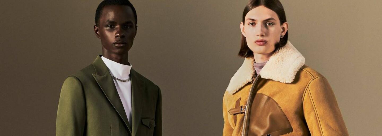 Návrhár Kim Jones odhalil mužskú kolekciu Dior Resort 2022. Je v športovom duchu a odkazuje na 60. roky