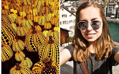 Návštěvník muzea spadl na sochu za 19 milionů korun, když si s ní dělal selfie