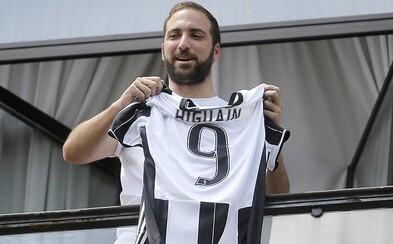 Neapolská reštaurácia ponúkne hosťom pizzu len za euro, ak sa Higuaín zraní v drese Juventusu