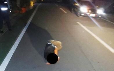 Nebezpečný trend: V Japonsku usínají tisíce opilců na silnici