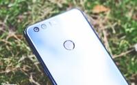 Nebojí se ani vlajkových lodí. Elegantní Honor 8 má vše, co od moderního smartphonu můžeš očekávát (Recenze)