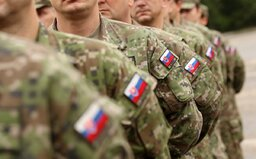 Nechceš bojovať v prípadnej vojne? Do konca januára môžeš odmietnuť nasadenie na front, bol by si zdravotníkom či zásobovačom