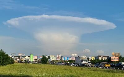 Nedaleko Černobylu se objevil oblak připomínající atomový hřib