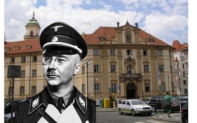 Nedaleko Prahy objevili zapomenutou knihovnu Heinricha Himmlera. Nacista byl fascinován okultismem, magií a rituály