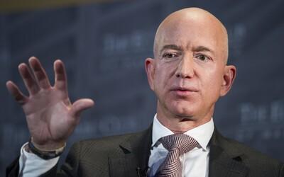 Nejbohatší muž světa Jeff Bezos daroval 100 milionů dolarů potravinovým bankám v USA