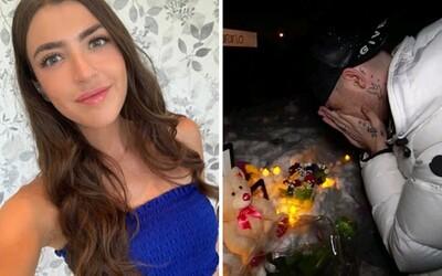 Nejdříve natočil video, že jeho přítelkyně zemřela, později tvrdil, že to jen předstírali. Youtuber nyní čelí policii