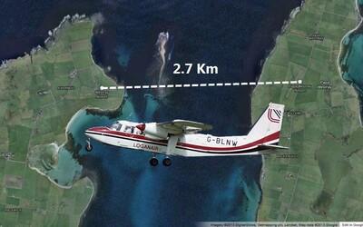 Nejkratší komerční let na světě. Trvá 47 sekund a lítá mezi letišti vzdálenými 2,7 kilometru od sebe