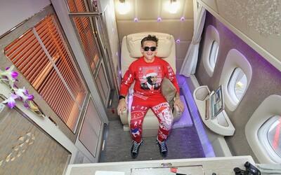 Nejlepší místo v letadle všech dob? Casey Neistat si vyzkoušel první třídu v Emirates a chvílemi dokonce ztrácel řeč