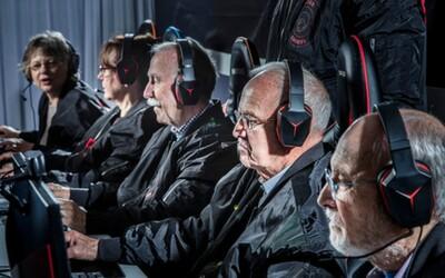 Nejstarší člen má 81 let. Švédský e-sportovní tým hraje CS:GO na největších turnajích světa s družstvem plným důchodců