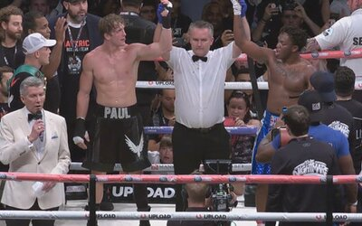 Největší boxerský souboj v historii internetu nevyhrál Logan Paul ani KSI. Zápas skončil remízou
