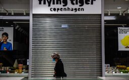 Nejvyšší soud zrušil omezení setkávání lidí či uzavření obchodů, vláda má 4 dny na nápravu