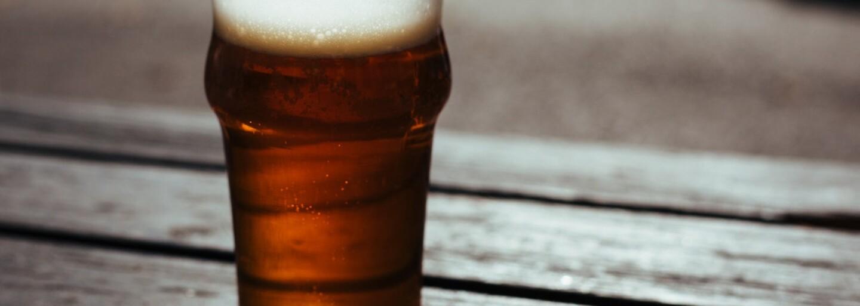 Nemáš s kým chodiť piť? Nová aplikácia ťa spojí s ľuďmi v tvojom okolí, ktorí sa chcú rozbiť rovnako ako ty