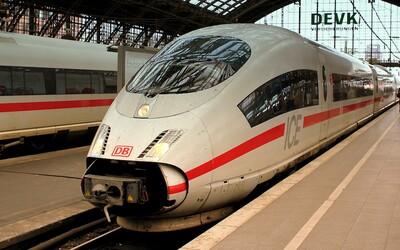 Německem pojede techno vlak. 7hodinová party v 11 vozech bude nezapomenutelná